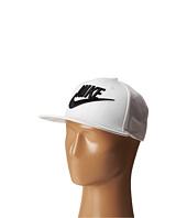 Nike - Limitless True