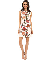 Vince Camuto - Sleeveless Floral Portrait Shift Dress