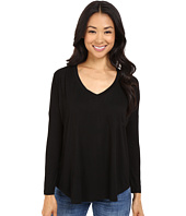 Culture Phit - Maya V-Neck Long Sleeve Top