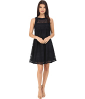 Donna Morgan - Sleeveless Novelty Woven Trapeze Dress