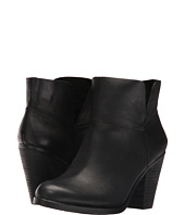 Vince Camuto - Helyn