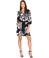 Halston Heritage - Long Sleeve Printed Kimono Dress w/ Sash