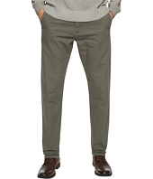 Levi's® Mens - 502 Regular Taper Fit - Chino
