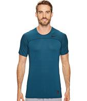 Nike - Pro Hypercool Short Sleeve Top