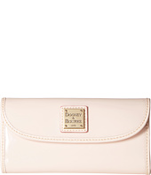 Dooney & Bourke - Patterson Continental Clutch