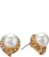 Oscar de la Renta - Fanned Pearl Button P Earrings