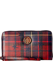Tommy Hilfiger - TH Serif Signature Carryall Wristlet