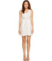 Jessica Simpson - Sleeveless V-Neck Lace Dress JS7A9343